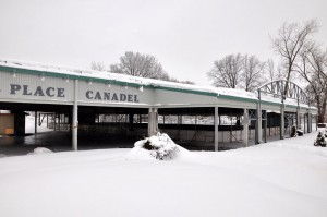 Place Canadel hiver